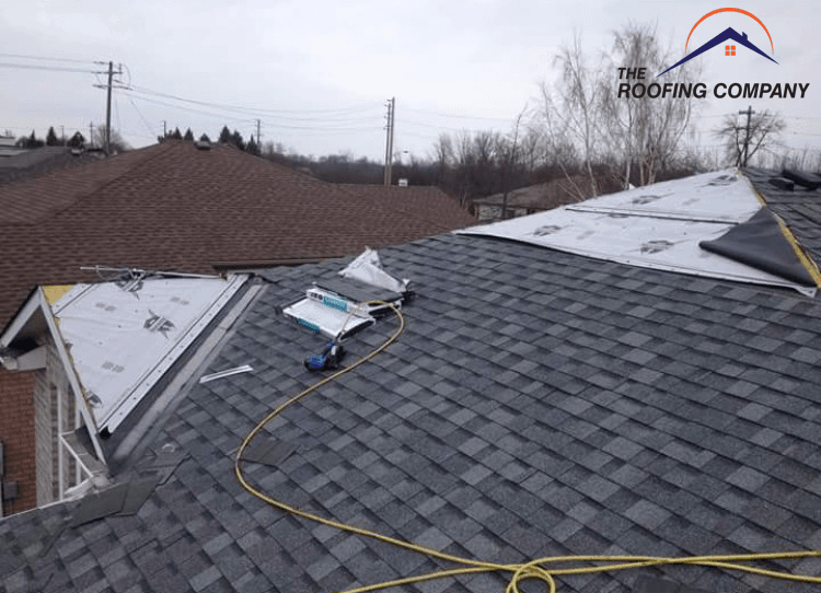 Working 1 - Roofing Company Brantford ON - Roofing Contractor